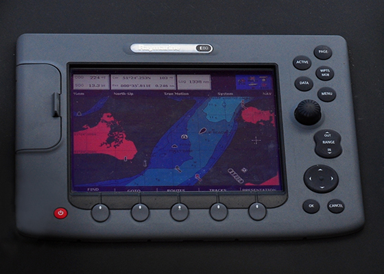 Elite Sailing |  Radar and Electronics 1